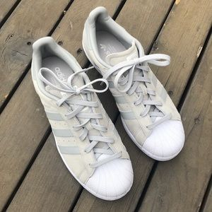 NWOT- Adidas Originial Superstar Sneaker
